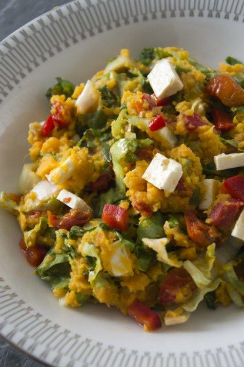 Stamppotje van zoete aardappel met andijvie, zongedroogde tomaatjes en feta   Recept op mijn blog