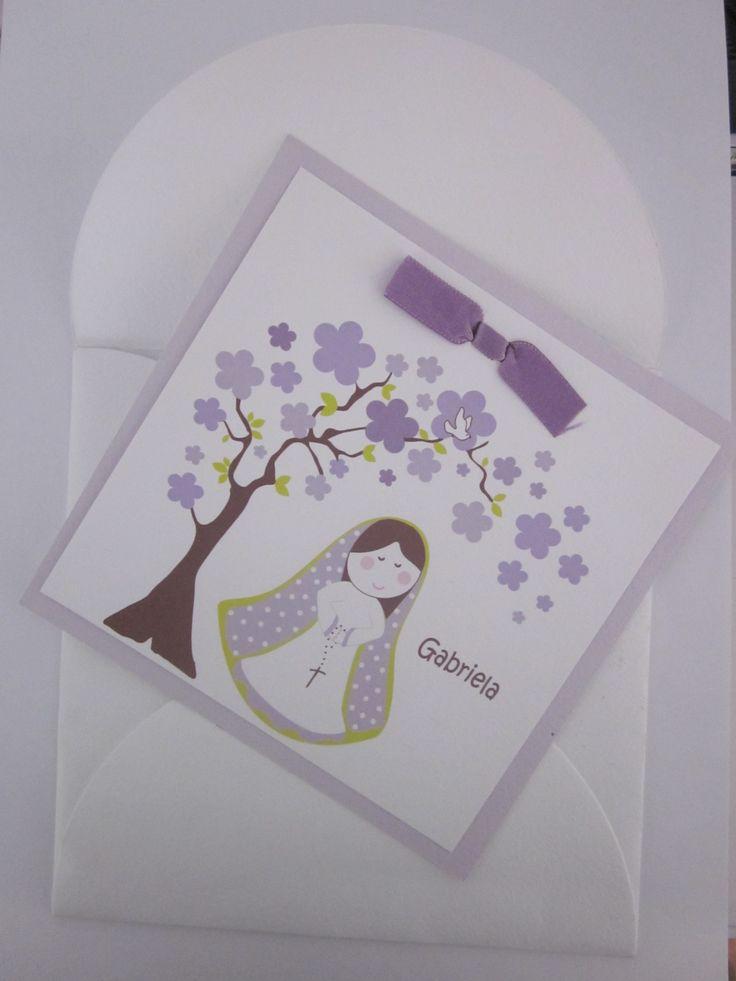 tarjeta amarrada con cinta y texto en el interior.
