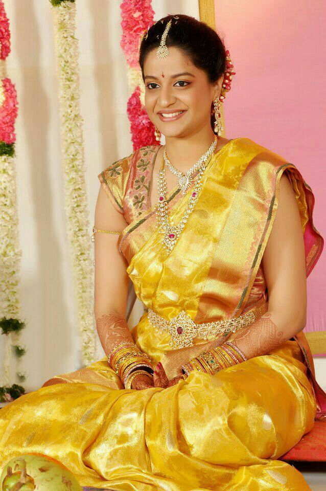 Bangle Girl Wallpaper Pin By Amulya Kolla On Indian Jewellery Tradition And