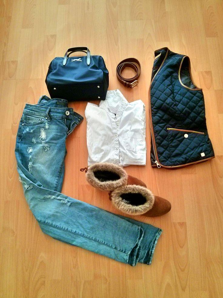 Cuquetti Complementos. Blog de moda, tendencias y descubrimientos by Gemma Gurnés. Look blue marine.   Visita www.cuquetticomplementos.wordpress.com