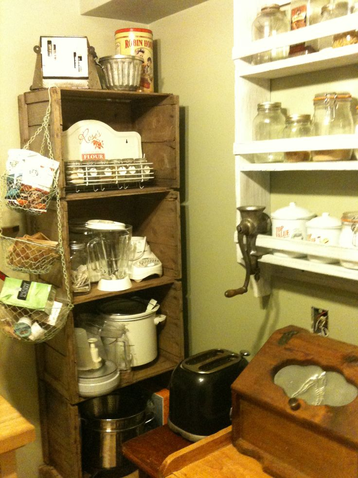 More pantry decor.....