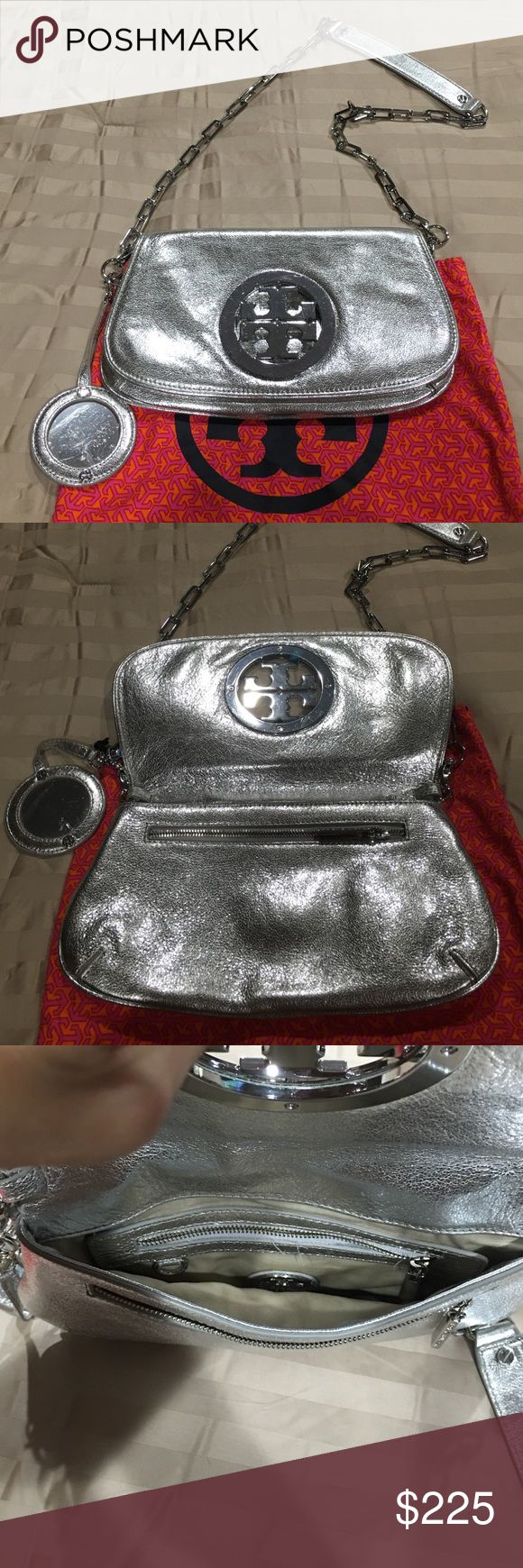 Tory Burch Silver shoulder bag 100% authentic Tory Burch Silver shoulder bag almost brand-new come with a little mirror Tory Burch Bags Shoulder Bags