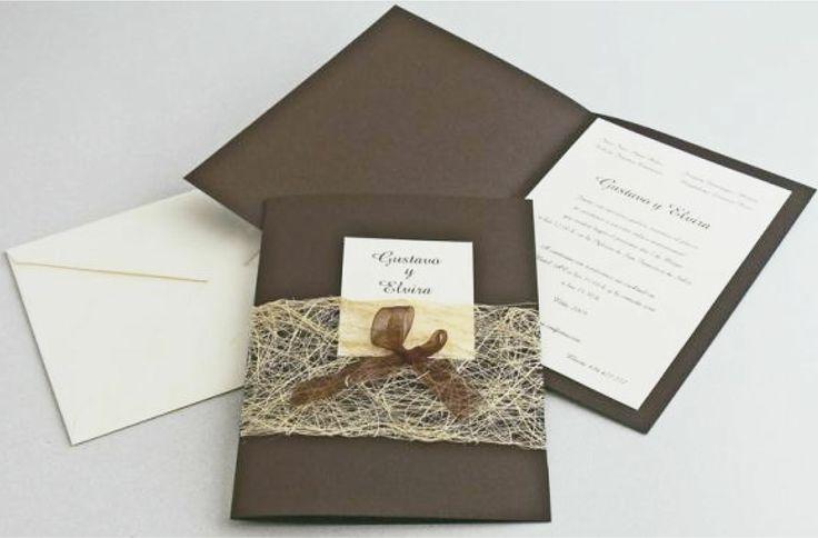 SOBRE VINTAGE (Invitación personalizable)  1 Invitación con medidas 20x14 cm 1 Sobre Cabuya con etiqueta (nombre de invitados)