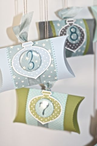 Pillow Boxes- countdown to Christmas Easter Halloween. & 36 best Pillow boxes images on Pinterest | Pillow box Boxes and Cards pillowsntoast.com