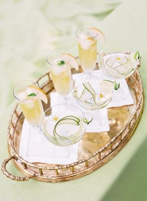 spring green cocktails | Katie Stoops #wedding #Mint Green #Wedding