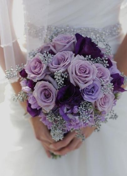 Love these colours together! Beautiful bouquet.
