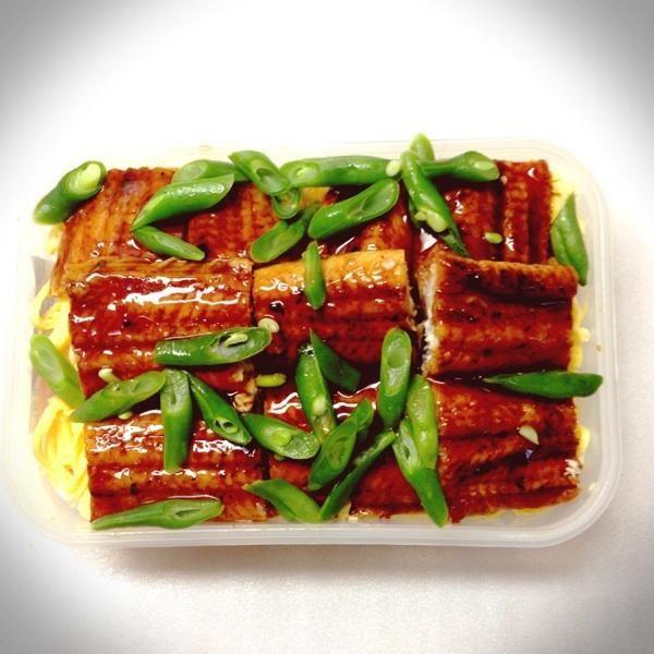 posted from @pupumomo17 鰻丼。#obentou #obentoart #obentouLife