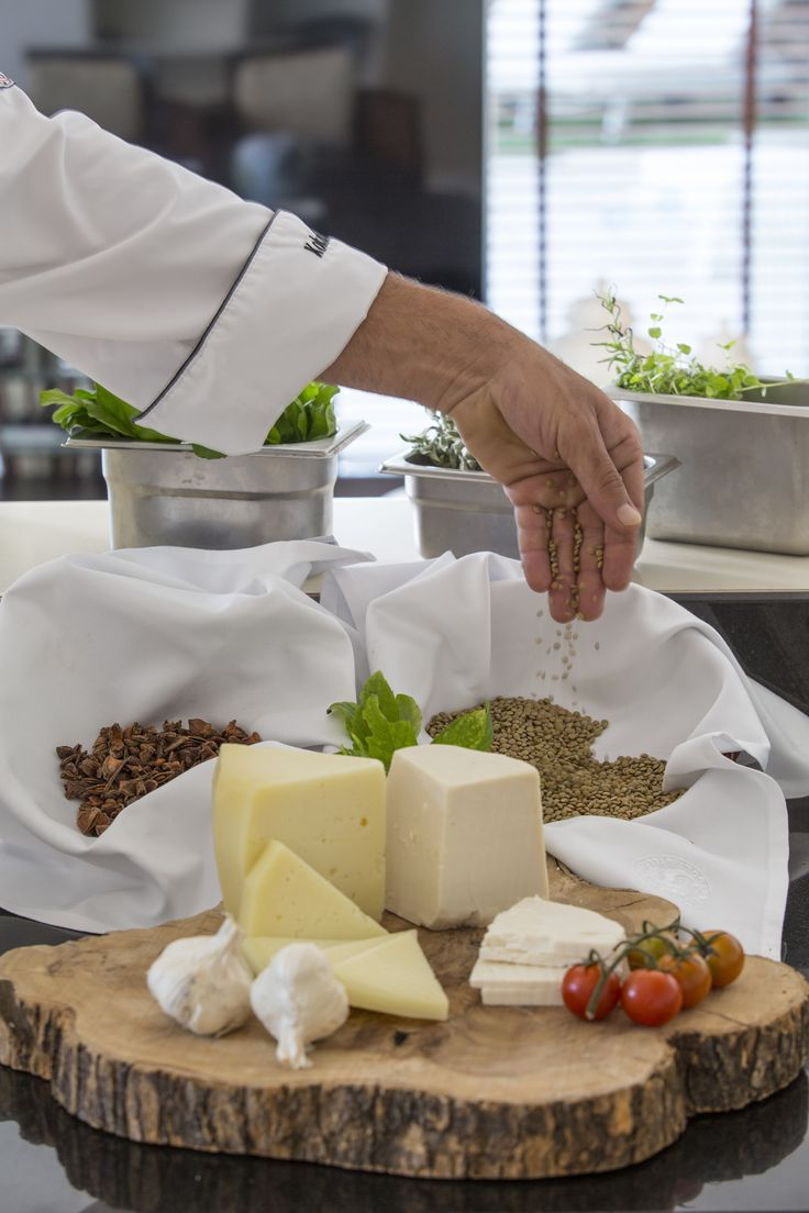 #Cretan #gastronomy has many different types of cheese, and all of them are incredible tasty! #EloundaGulf