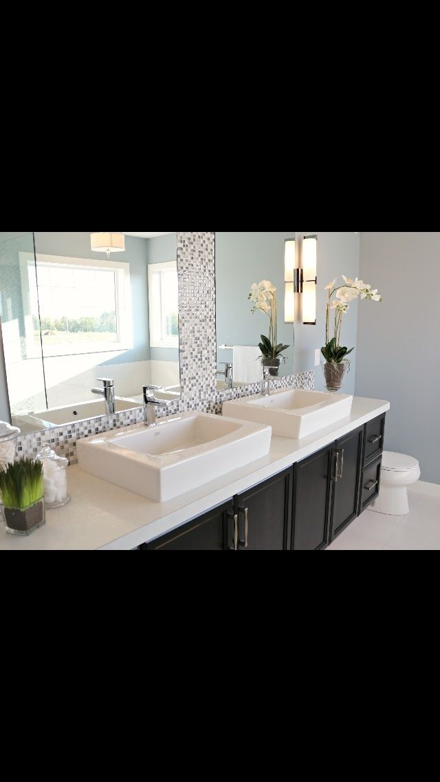 Ensuite to be admired!!
