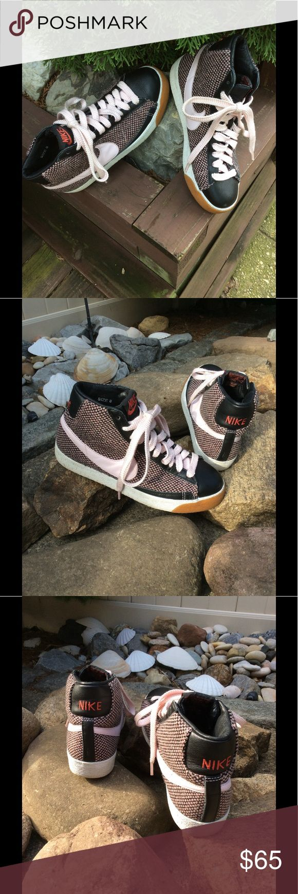 NIKE TWEED/LEATHER HI TOP SNEAKER SZ 8 Worn once and very comfortable .. I'm only selling because I prefer slip on sneakers.. the hi top laces take too long for my busy lifestyle.. but absolutely love once on 🤗 the tweed , laces and Nike mark is a light pink color. Nike Shoes Sneakers