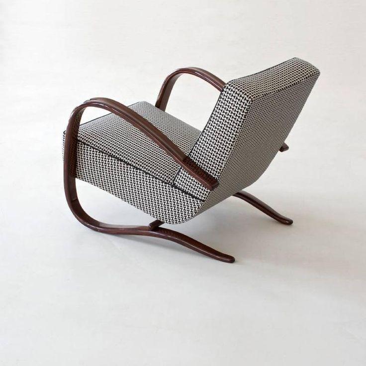 Art Deco Streamline Armchair by Jindrich Halabala, circa 1940 2