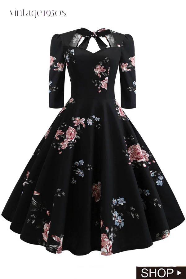 Robe Evasee A Lacets A Fleurs Des Annees 1950 Annees Evasee Fleurs Lacets New Vetements Styles Robe Fashion Mode Robe