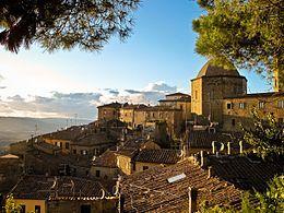 Volterra – Veduta-borgo meraviglioso