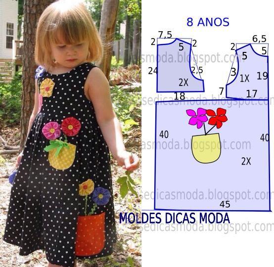 O molde do vestido com flores encontra-se no tamanho 8 anos. A ilustração do molde de vestido não tem valor de costura.