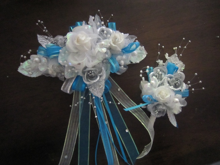 Coursage & boutonniere for prom
