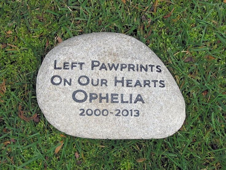 Personalized Pet Memorial Stone for Dogs Cats any Pet Headstone Gravestone 10-11 Inch Memorial Stone Burial Grave Marker #burial_stone_marker #cat_memorials #dog_memorials
