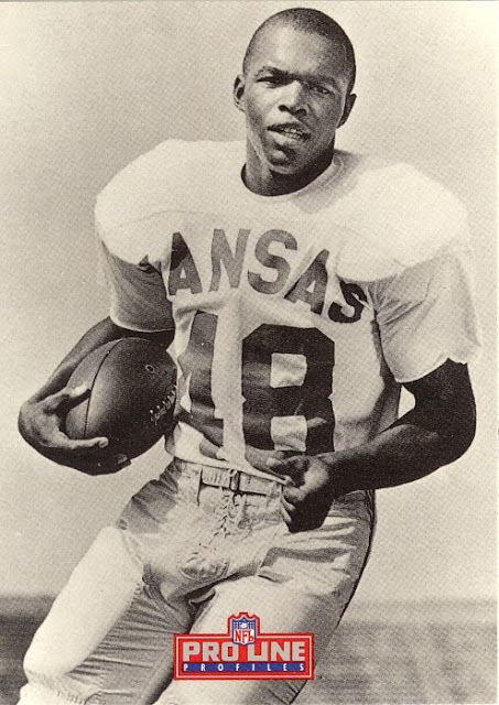 Gale Sayers, Kansas Jayhwaks. He looked fast even when he was standing still. RIP.