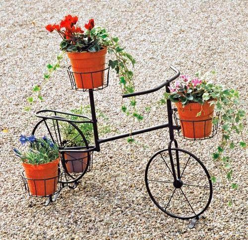 Se virando sem grana: Enfeitando os jardins
