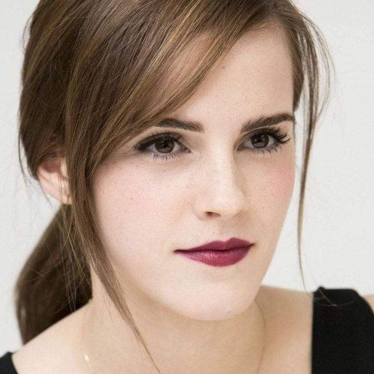 Lieben Sie jene nettesten Watson-Sommersprossen! Es gibt kein Gesicht wie Emma Watson Beauty. Das ist nur meine Meinung.