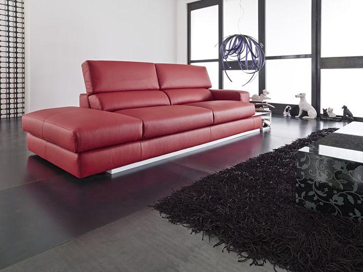 Il bellissimo divano in pelle rossa Best by Samoa. #red #rosso #divani #furniture #pelle #leather #arredamento #design #love #home
