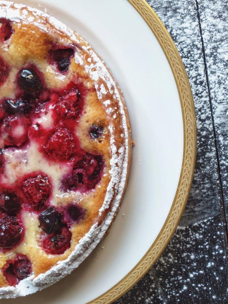 Tarte clafoutis aux fruits rouges - Recette Olivia Pâtisse