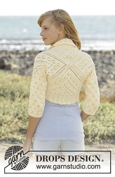 """Lemon Cross - Knitted DROPS bolero worked as a square with lace pattern in """"Muskat"""". Size: S - XXXL. - Free pattern by DROPS Design"""