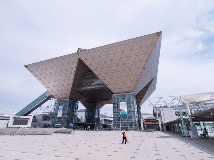 TOKYO BIG SIGHT is the greatest convention center in Japan that performs various events. http://japan-fun.net/?p=354