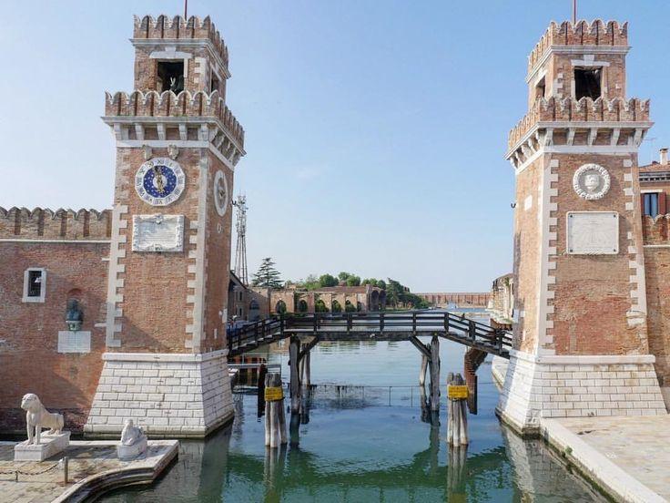 Le torri d'entrata dell'antico Arsenale Militare Marittimo di Venezia