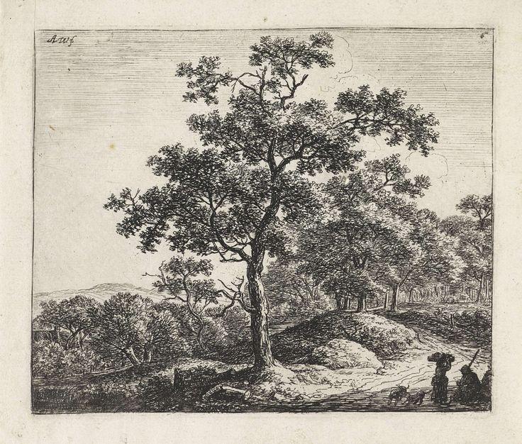 Anthonie Waterloo | Rustende figuren met twee honden langs een bospad, Anthonie Waterloo, 1630 - 1663 | Langs een bospad in een heuvelachtig landschap zit een man op de grond. Voor hem staat een vrouw met goederen op haar hoofd. Achter haar spelen twee honden. Links in de verte staat een huis.