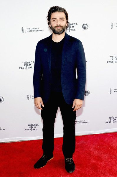 "Oscar Isaac ""Mojave"" Tribeca Film Festival #menswear"