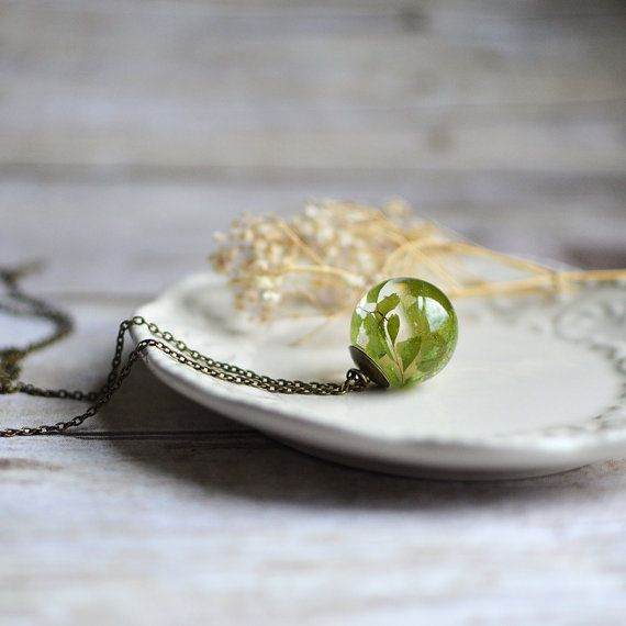 Hey, I found this really awesome Etsy listing at https://www.etsy.com/listing/162101424/fern-necklace-sphere-necklace-maidenhair