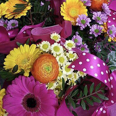 Už zajtra MDŽ oslavujú všetky ženy dievčatá kočky! Prijímame objednávky na donášky na tel. čísle 0907 883 245. Tešíme sa na Vás s čerstvými kvietkami.  #kvetysilvia #kvetinarstvo #kvety #svadba #love #instagood #cute #follow #photooftheday #beautiful #tagsforlikes #happy #like4like #nature #style #nofilter #pretty #flowers #design #awesome #wedding #home #handmade #flower #summer #bride #weddingday #floral #naturelovers #picoftheday
