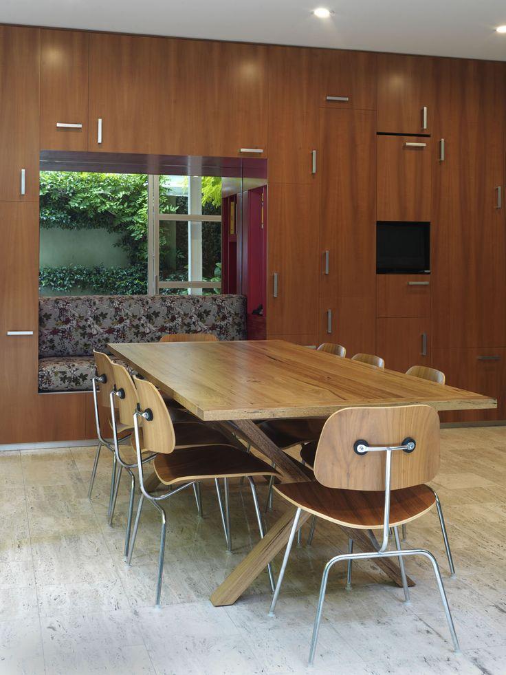 WOOLLAHRA TERRACE   alwill  #interiors #wood #storage #cabinets #diningroom #diningtable