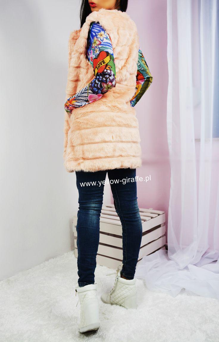 NOWOŚĆ   Futrzana kamizelka w kolorze różowym   Zamówienia  Sklep internetowy www.yellow-giraffe.pl  Telefonicznie 508055061 Lub do   #yellowgiraffepl #instastyle #ootd #ootn #kamizelka #futrzak #wiosna #kolorowo #nice #instashop #shopping #shoppingtime #Shop #photooftheday #like4like #style #stylish #girl #dzienkobiet #likeforlike #follow4follow #casual #outfit