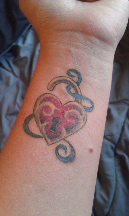 41 best ribbon heart and stars tattoo images on pinterest for Heart ribbon tattoo