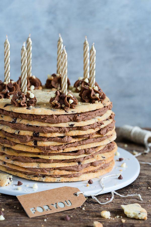Cookie Layer Cake Mit Kinderschokolade Creme Geburtstags Torte Einfacher Nachtisch Kinder Schokolade Und Leckere Torten