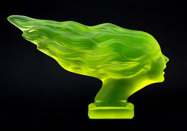 Car Mascot & Hood Ornaments & Emblems Uranium Glass