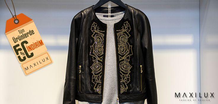 Tarz sahibi kadınları kendisine çeken siyah şıklığı, göz alıcılığını koruyor. Üstelik %50 indirim ile! #Maxilux #Giyim #Marka #Moda #Fashion #Brand