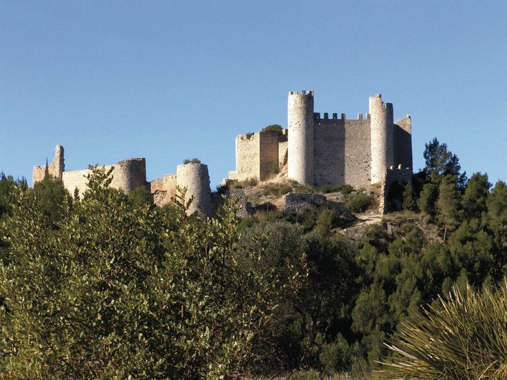 CASTLES OF SPAIN - Chivert Castle, Castellón, Valencia. The Castle of Alcalà de Xivert is located quite far from the town of the same name, in the Sierra de Irta, at the foot of Monte Campanillas, in the region of El Baix Maestrat, province of Castellón.  Although of Islamic origin (11th century), the Castle of Alcalá de Xivert was built between the 12th and 14th centuries by the order of the Temple and the Order of Montesa.