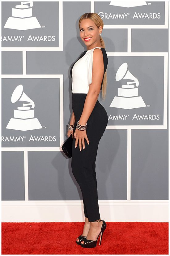 Beyonce @ 2013 Grammy Awards Photos – Makeup, Dress, Hair