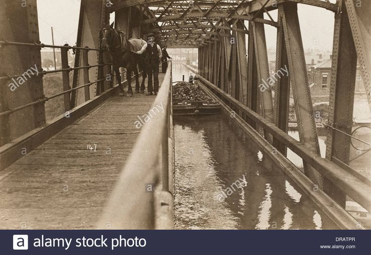Manchester Ship Canal - The Barton Swing Aqueduct Stock Photo, Royalty Free Image: 66007167 - Alamy