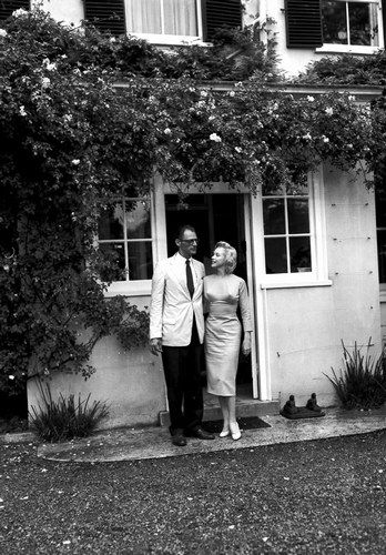 Marilyn with Arthur Miller outside Parkside House, July 14th 1956.