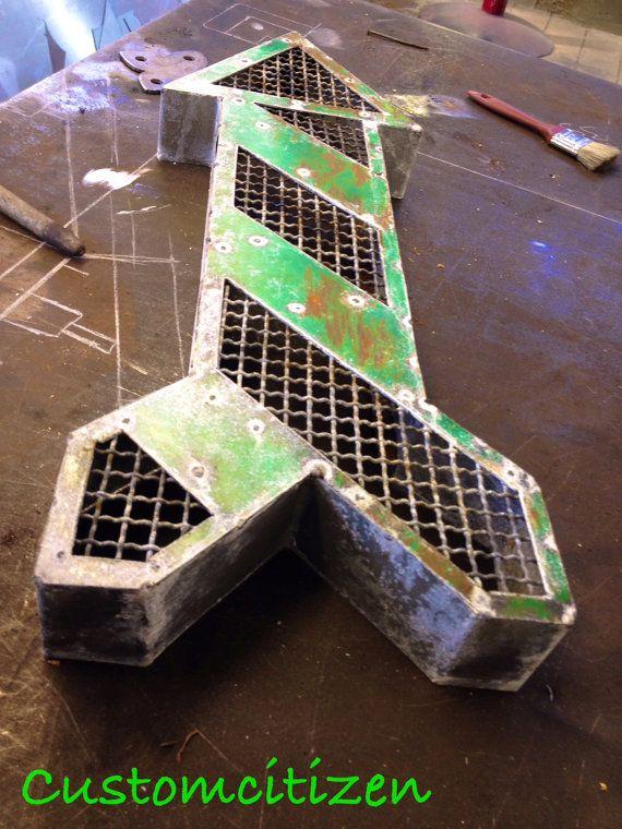 https://www.etsy.com/listing/163356370/galvanized-steel-arrow-metal-art-metal?ref=shop_home_active_33
