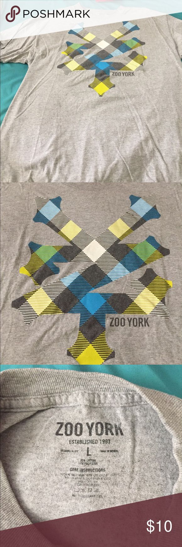 Zoo York T-Shirt Used but in great condition! Zoo York Shirts Tees - Short Sleeve