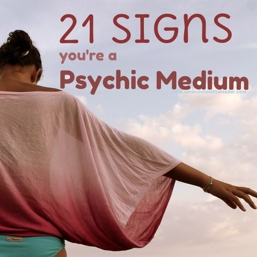 How do you know if you're a psychic medium? Learn the signs of mediumship ( not craziness) here!