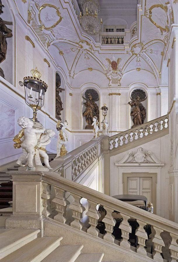 Ludwigsburg Palace The King S Staircase In The New Corps De Logis Photo Staatliche Schlosser Und Garten Baden Wurttemberg Steffe Palace Ludwigsburg Germany
