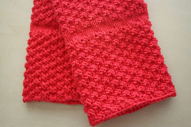 Great summer knitting project for when its too hot to even think about knitting mittens - Ravelry: Chili Pepper Red Kitchen Towel pattern by Janet Carlow
