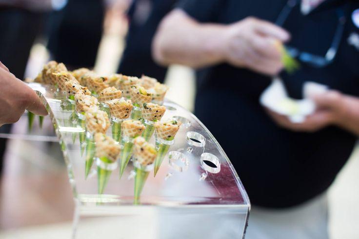 Nouveaux supports pour cônes. Parfait pour table de buffet ou pour services cocktail.