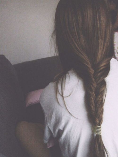 loose and messy fishtail | long brunette hairstyle