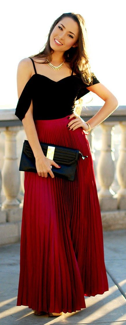Zeliha S Blog Maroon Pleated Maxi Skirt Top Black